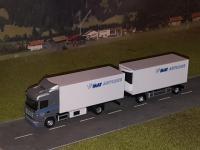 Scania R04 HL Kühlkofferhängerzug