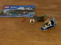 LEGO® 60066 Sumpfpolizei Dieb bei Geldversteck